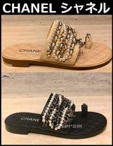 CHANEL TIMELESS CLASSICS Open Toe Chain Plain Leather Elegant Style Sandals