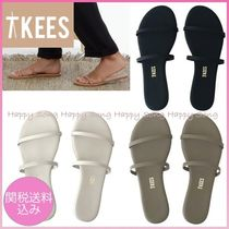 TKEES Open Toe Casual Style Faux Fur Plain Flip Flops Flat Sandals