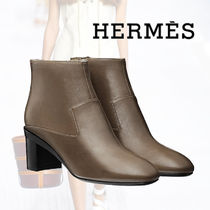 HERMES Plain Toe Leather Block Heels Ankle & Booties Boots