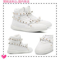 VALENTINO Round Toe Rubber Sole Studded Plain Low-Top Sneakers