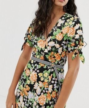 Wrap Dresses Flower Patterns V-Neck Medium Short Sleeves