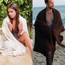 Barefoot dreams Unisex Throws