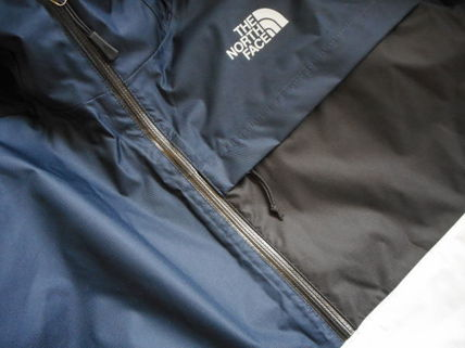 THE NORTH FACE More Tops Street Style Tops 3
