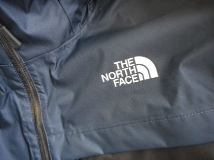 THE NORTH FACE More Tops Street Style Tops 6