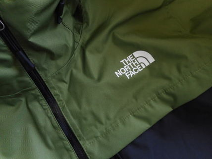 THE NORTH FACE More Tops Street Style Tops 14