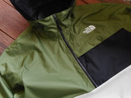 THE NORTH FACE More Tops Street Style Tops 15