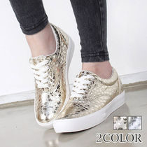 Star Dots Wedge Round Toe Lace-up Casual Style Studded