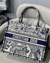 Christian Dior BOOK TOTE Casual Style Unisex Canvas A4 Other Animal Patterns