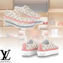 Louis Vuitton Plain Toe Rubber Sole Elegant Style Low-Top Sneakers