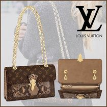 Louis Vuitton MONOGRAM Canvas Blended Fabrics 2WAY Bi-color Chain Python
