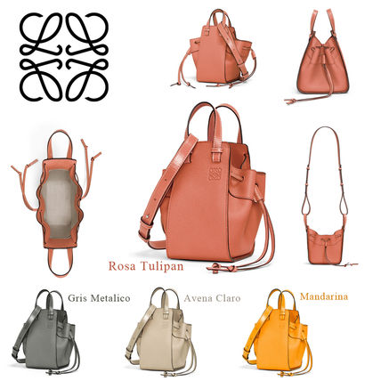 Calfskin Plain Shoulder Bags