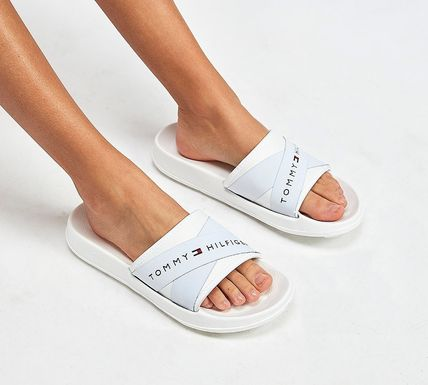 Casual Style Shower Shoes Logo Flat Sandals