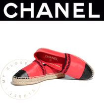 CHANEL ICON Round Toe Blended Fabrics Bi-color Leather Handmade