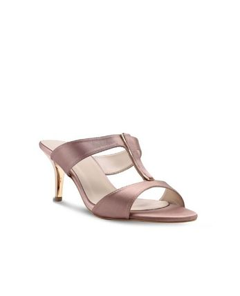 7a4084f7301b VINCCI + Women s Shoes  Shop Online in US