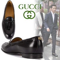 GUCCI Plain Toe Loafers Tassel Street Style Plain