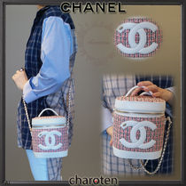 CHANEL ICON Lambskin Vanity Bags Chain Plain Elegant Style Shoulder Bags