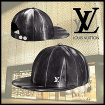 Louis Vuitton Street Style Beret & Hunting Hats
