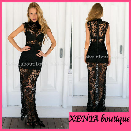 Tight Sleeveless Long Lace Dresses