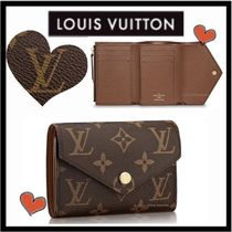 Louis Vuitton MONOGRAM Monogram Unisex Canvas Small Wallet Folding Wallets