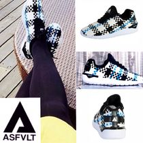 Other Check Patterns Low-Top Sneakers