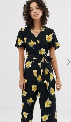 Flower Patterns Casual Style V-Neck Long Short Sleeves