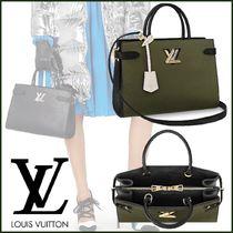 Louis Vuitton TWIST Blended Fabrics 2WAY Bi-color Plain Leather Elegant Style