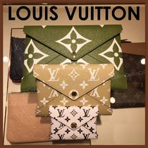Louis Vuitton Monogram Unisex Canvas Pouches & Cosmetic Bags