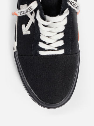 Off-White Low-Top Low-Top Sneakers 7