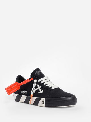 Off-White Low-Top Low-Top Sneakers 8