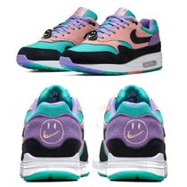Nike AIR MAX 1 Low-Top Sneakers