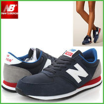 New Balance 420 Plain Low-Top Sneakers