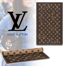 Louis Vuitton Unisex Blended Fabrics Characters Throws