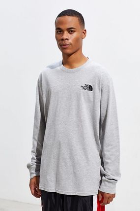 THE NORTH FACE Long Sleeve Crew Neck Long Sleeves Long Sleeve T-Shirts 2