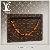 Louis Vuitton MONOGRAM Monogram Canvas Street Style A4 Chain Clutches