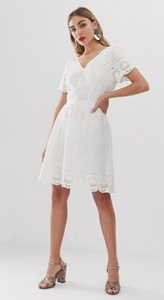 Short V-Neck Cotton Short Sleeves Elegant Style Dresses