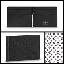 Louis Vuitton TAIGA Unisex Street Style Plain Leather Folding Wallets