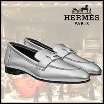 HERMES Leather Loafer Pumps & Mules