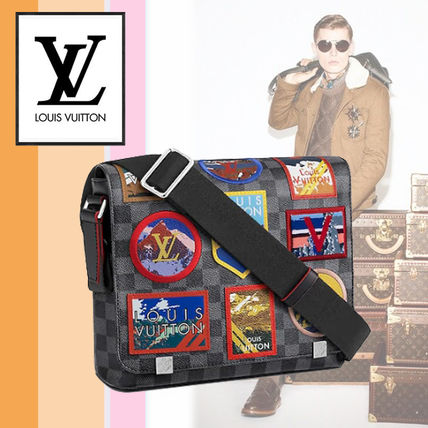 Louis Vuitton Messenger & Shoulder Bags Leather Messenger & Shoulder Bags