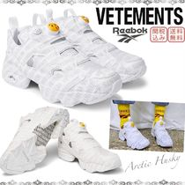 VETEMENTS Unisex Street Style Collaboration Low-Top Sneakers