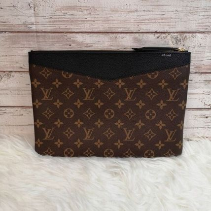 Louis Vuitton Clutches Monogram Canvas Blended Fabrics Bag in Bag Bi-color 2