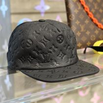 Louis Vuitton TAURILLON Unisex Blended Fabrics Street Style Beret & Hunting Hats