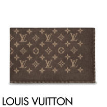 Louis Vuitton Blended Fabrics Throws
