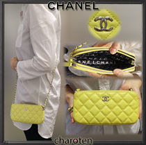 CHANEL MATELASSE Lambskin 3WAY Bi-color Chain Elegant Style Shoulder Bags