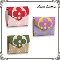 Louis Vuitton ZOE Monogram Unisex Canvas Street Style Bi-color Folding Wallets