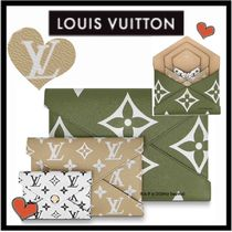Louis Vuitton MONOGRAM Monogram Unisex Canvas Bag in Bag Bi-color Clutches