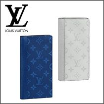 Louis Vuitton TAIGA Monogram Blended Fabrics Plain Leather Long Wallets