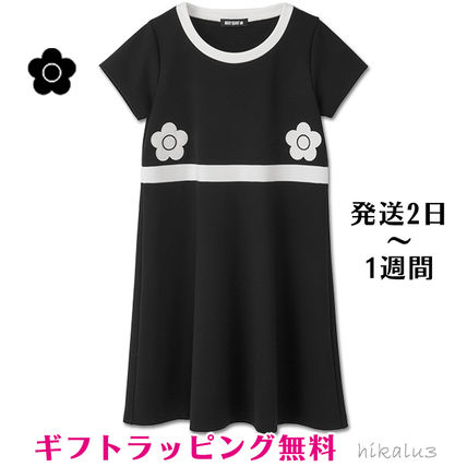 d5048a98e98a Crew Neck Flower Patterns Casual Style A-line Bi-color. MARY QUANT. Crew  Neck ...