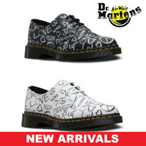 Dr Martens Heart Plain Toe Casual Style Unisex Street Style Leather