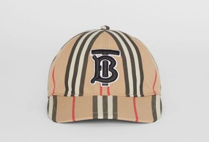 26fbf7d9098 Burberry Unisex Street Style Caps (80119521) by thedoublel40 - BUYMA