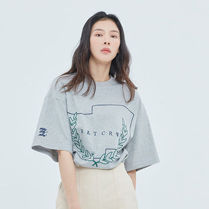 ROMANTIC CROWN More T-Shirts Unisex Street Style Short Sleeves T-Shirts 5